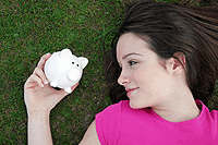 Start Your Financial Spring Cleaning with a Free Credit Report
