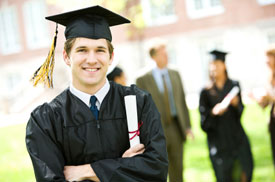 Credit Unions Fill in the Financial Aid Gap with Private Student Loans